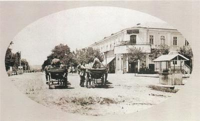 Click image for larger version  Name:Lenin street.jpg Views:112 Size:87.3 KB ID:20