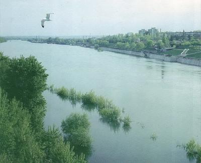 Click image for larger version  Name:River Dniester.jpg Views:219 Size:37.6 KB ID:3